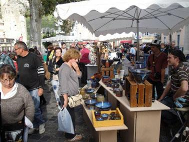braderie-des-potiers-anduze-002.jpg